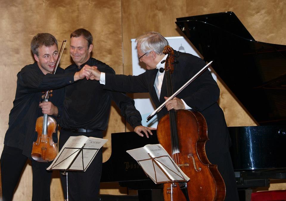 Sasha Rozhdestvensky (Violine), David Geringas (Violoncello), Stefan Vladar (Klavier)