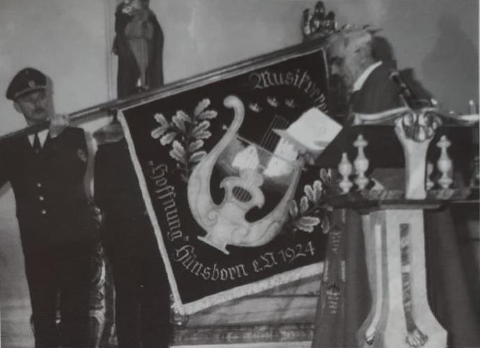 19941008 Fahnenweihe