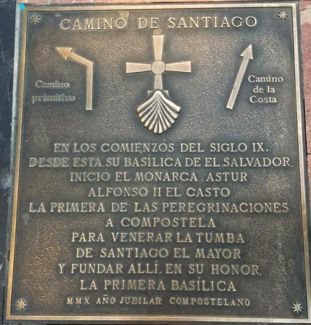 The Camino Primitivo ground plaque outside the Cathedral in Ovideo