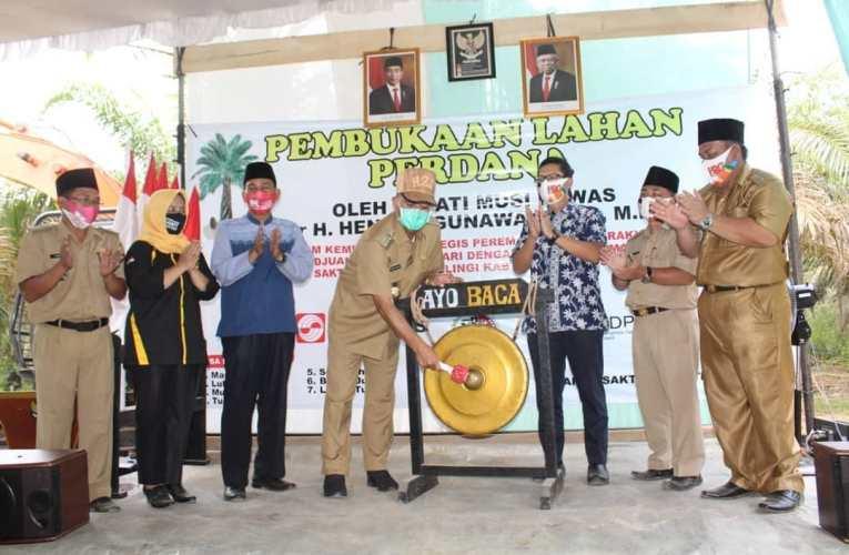 Bupati Resmi Buka Lahan Perdana Program PSR Desa Marga Sakti