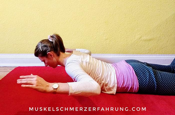 Baby Kobra (Yoga) Rückbeuge für die Brustwirbelsäule