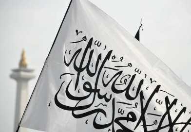 Hati-hati dalam Merespon Seruan Penerapan Syariah dan Khilafah