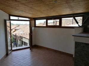 Porta finestra. Informazioni per Asti-Chieri -Torino