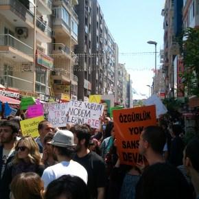 22 Ağustos İnternet Sansürü - İnternetime Dokunma Eylemi - 15 Mayıs 2011 - İzmir