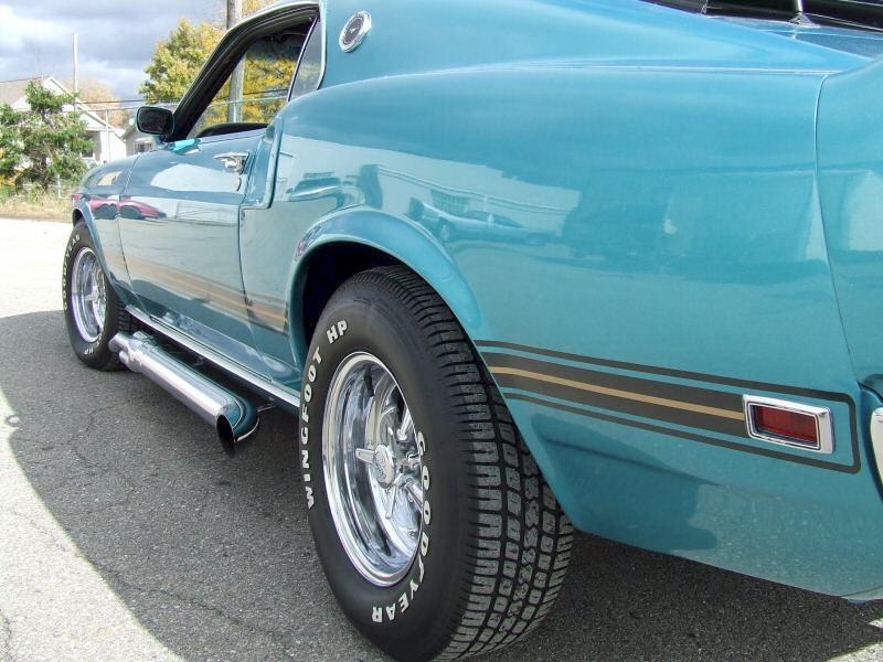 gulfstream aqua blue 1969 mach 1 ford
