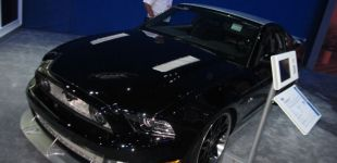 18-black-ford-mustang-convertible-hollywood-hot-rods