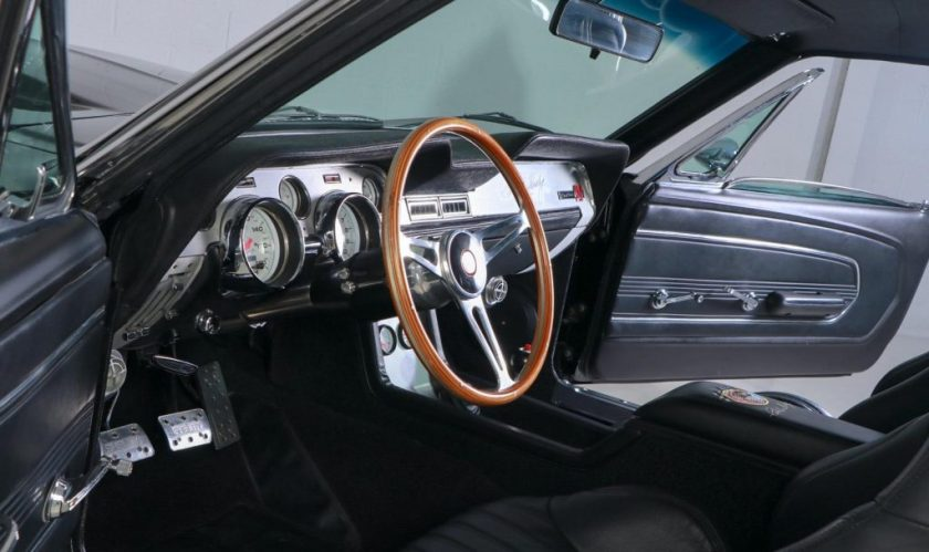 1967 Super Snake Eleanor GT500E interior