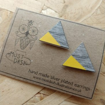 Triangular Geometric Earrings – Yellow – Horizontal Lined Pattern