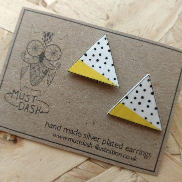 Triangular Geometric Earrings – Yellow – Dot Pattern