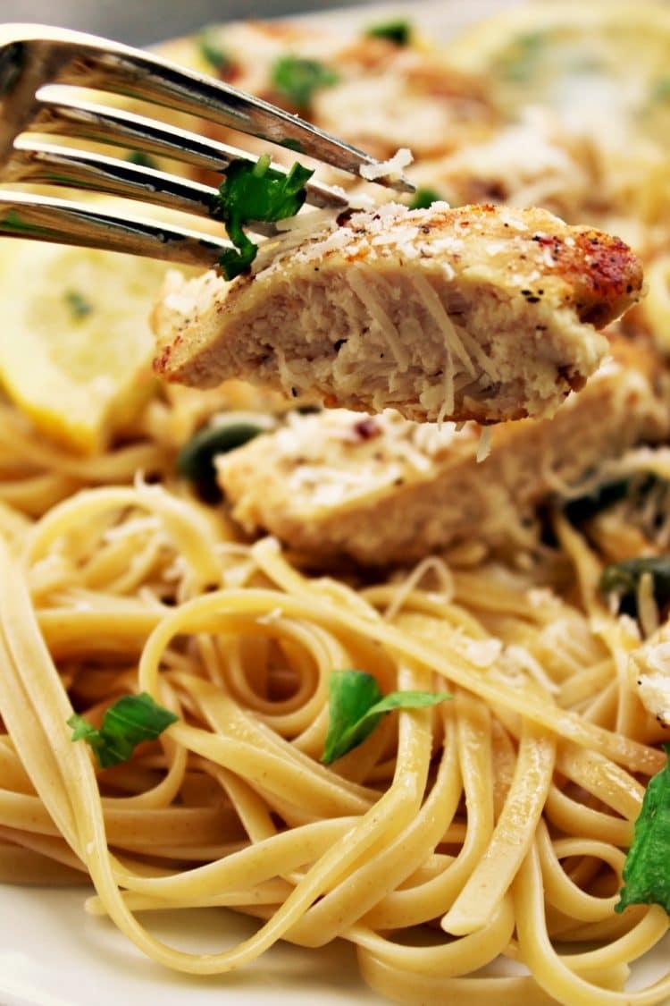 Lemon Garlic Chicken Piccata • Must Love Home