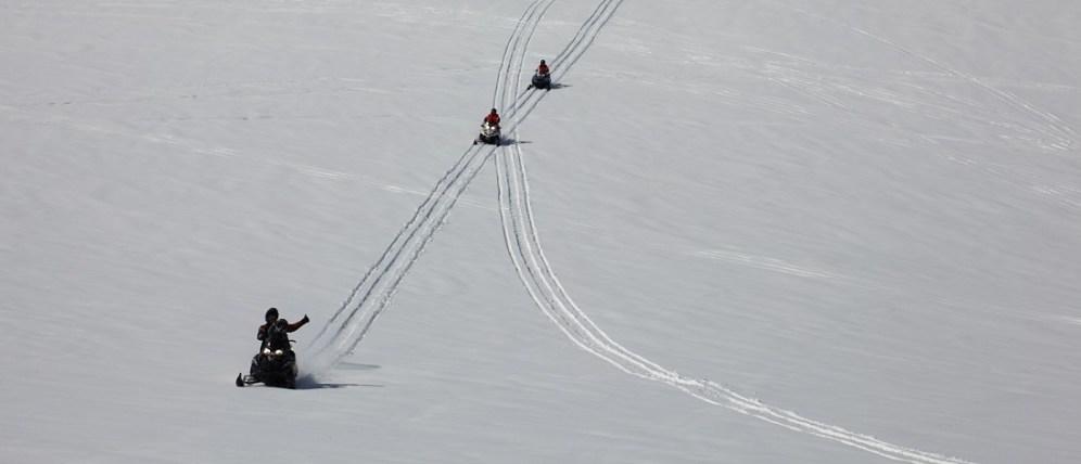 Snow-gullfoss-2
