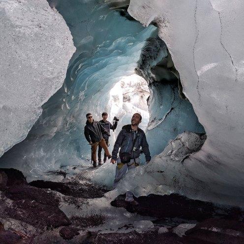 glacier-expedition-on-solheimajokull-0