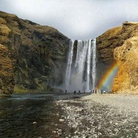 south-coast-waterfalls-glacier-hiking-lava-caving-plane-wreck-seljavallalaug-hot-pool-12