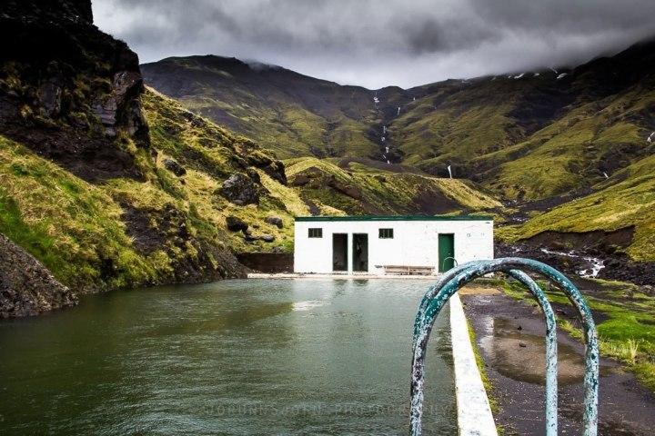 south-coast-waterfalls-glacier-hiking-lava-caving-plane-wreck-seljavallalaug-hot-pool-2