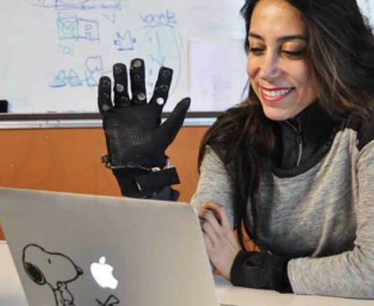 Touch in Long Distance Relationship, Flex-N-Feel Gloves