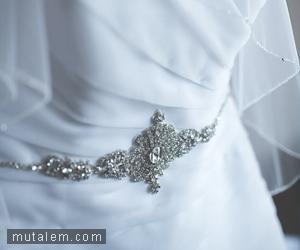 تفسير حلم رؤية الفستان الابيض في المنام لابن سيرين