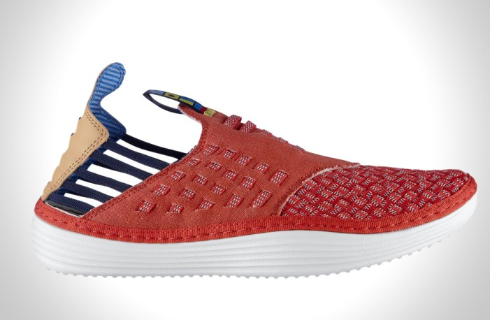 NIKE RED REEF SOLARSOFT RACHE PREMIUM WOVEN QS