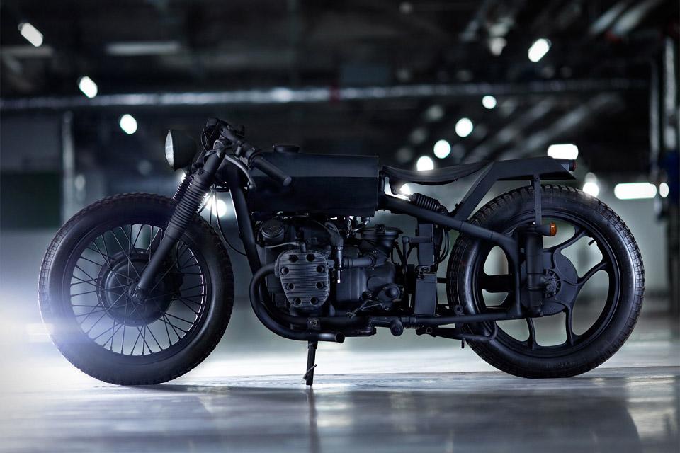 Bandit9 Nero II Motorcycle