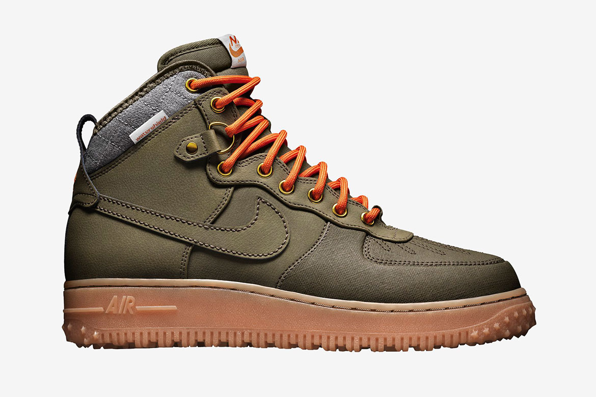 "NIKE AIR FORCE 1 DUCKBOOT ""DARK LODEN"""