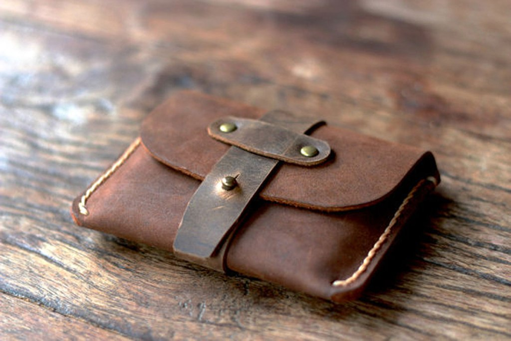 TREASURE CHEST CREDIT CARD WALLET BY OILED LEATHER WALLETS