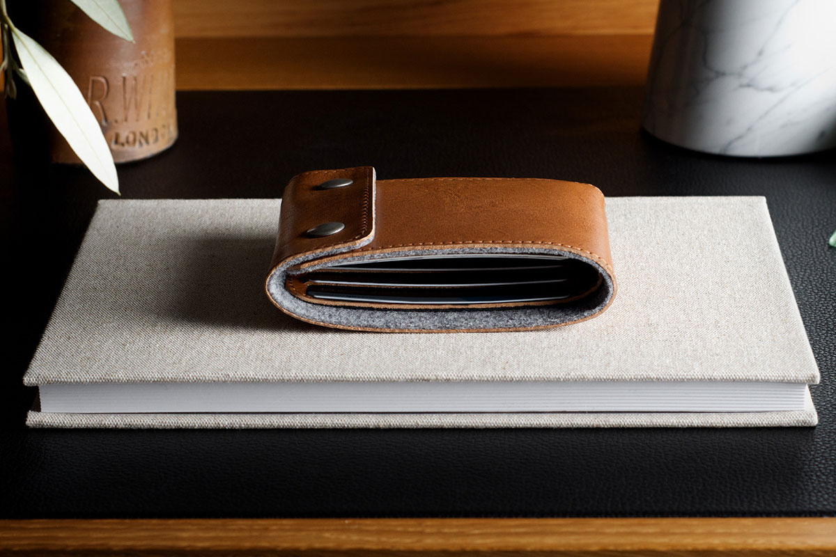 Snap Wallet by Hard Graft
