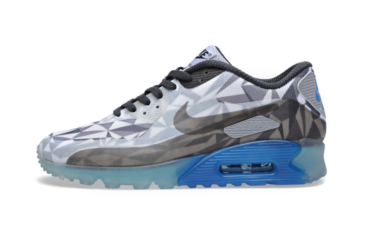 NIKE AIR MAX 90 ICE | Muted.