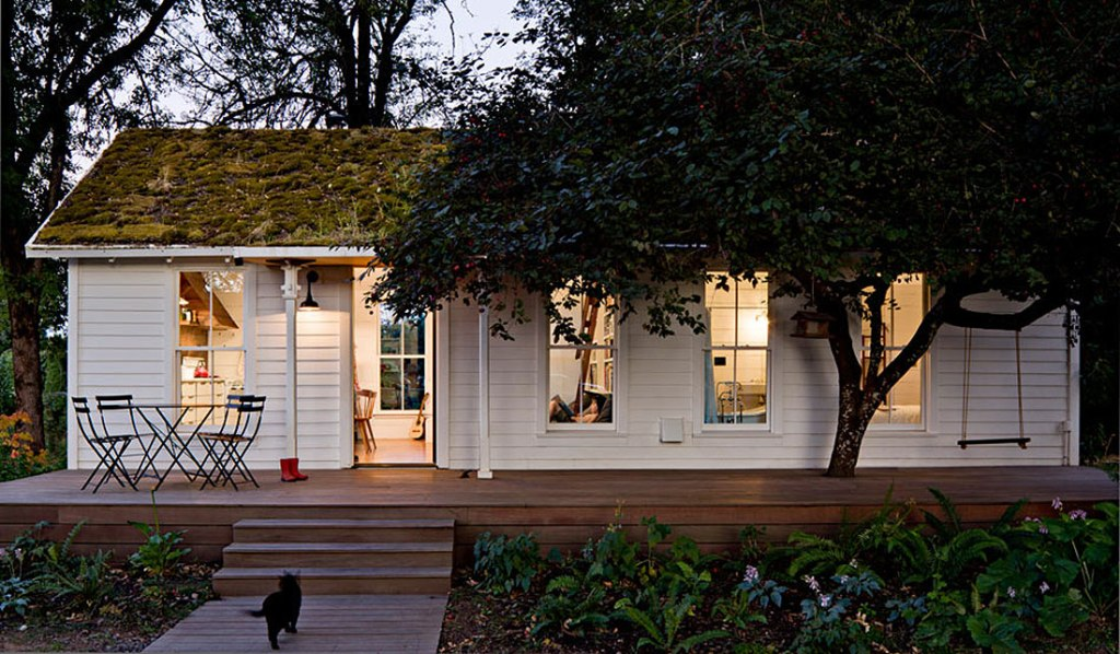 A PERFECT 540 SQUARE FOOT OREGON HOME