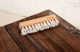 LINT BRUSH BY REDECKER