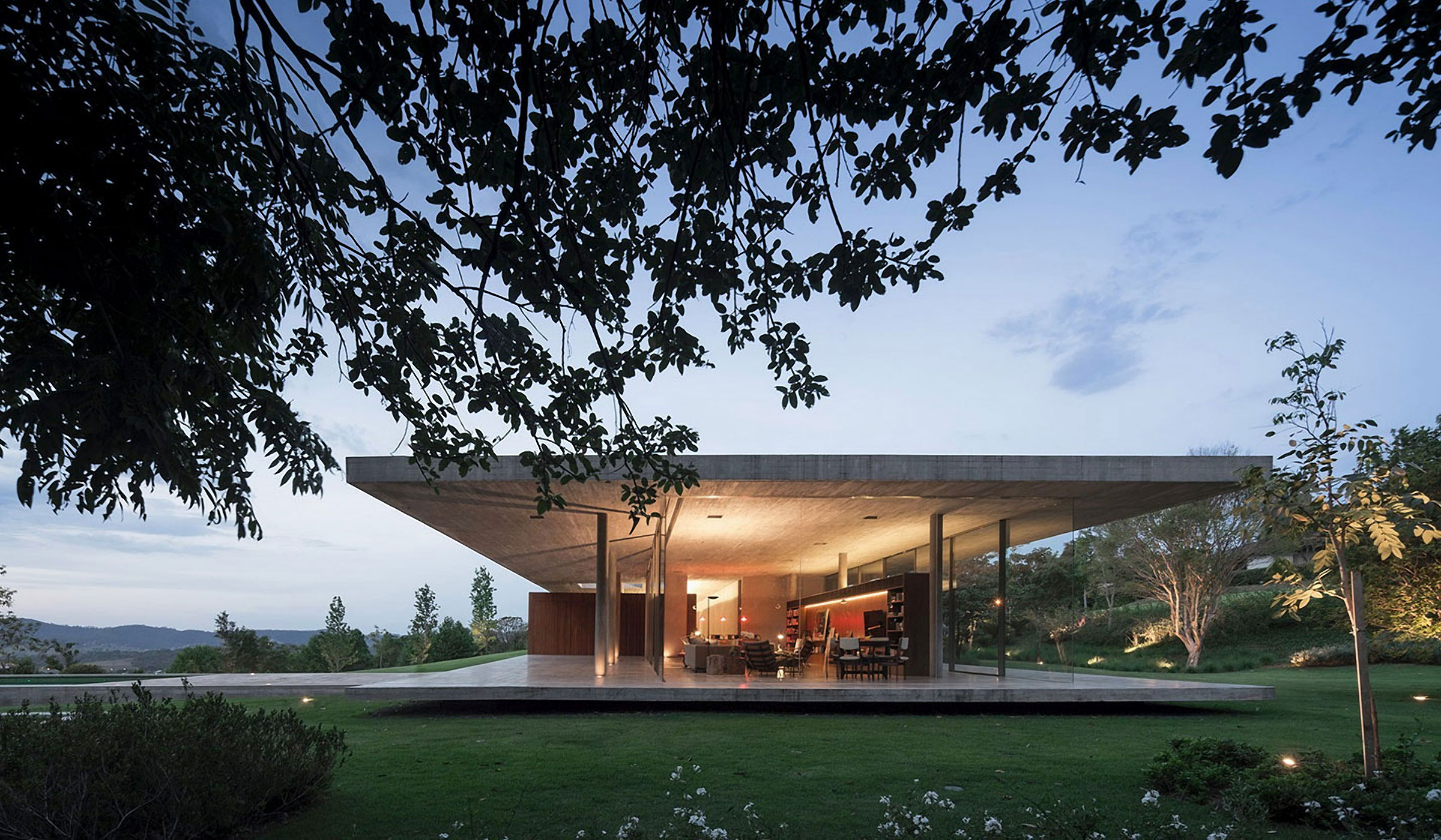 THE REDUX HOUSE BY STUDIO MK27