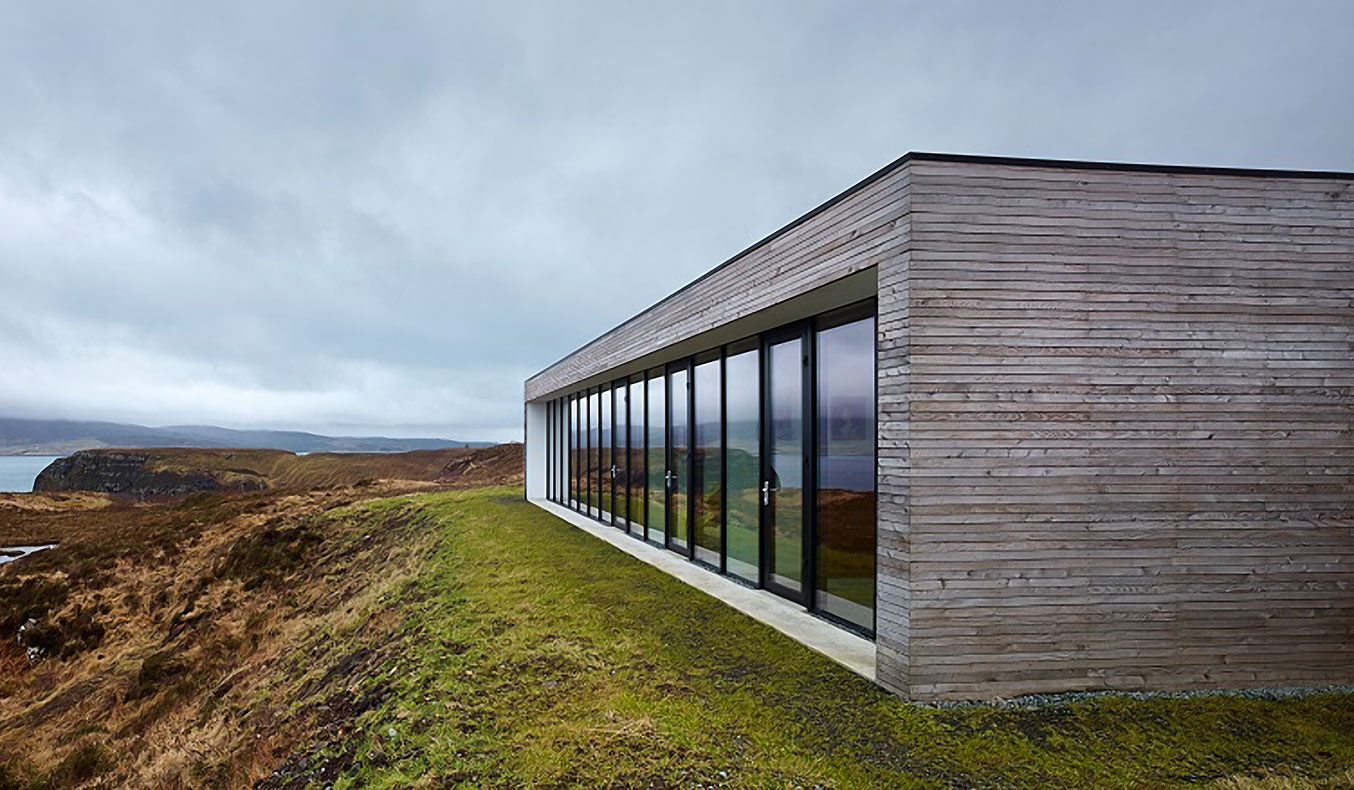 THE CLIFF HOUSE BY DUALCHAS ARCHITECTS