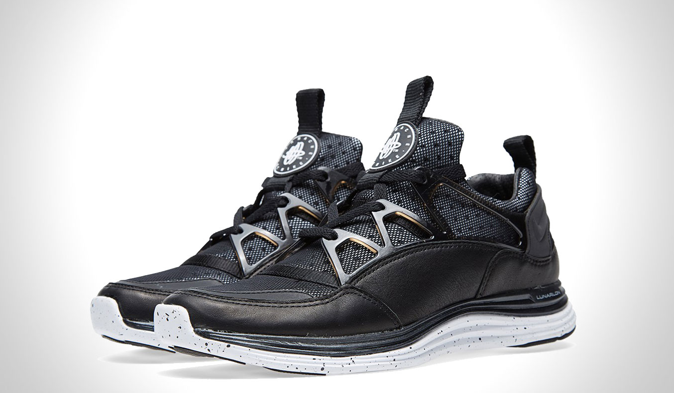 NIKE LUNAR HUARACHE LIGHT SP - BLACK