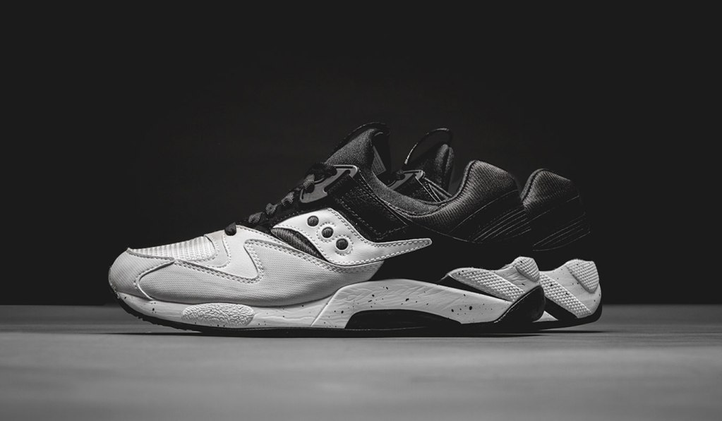 d3aaa1d8 SAUCONY GRID 9000 HALLOWED WHITE/BLACK | Muted.