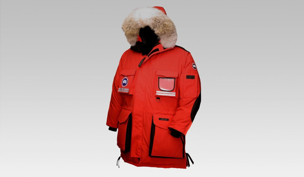 CANADA GOOSE SNOW MANTRA PARKA - THE WARMEST MEN'S WINTER COAT ON EARTH