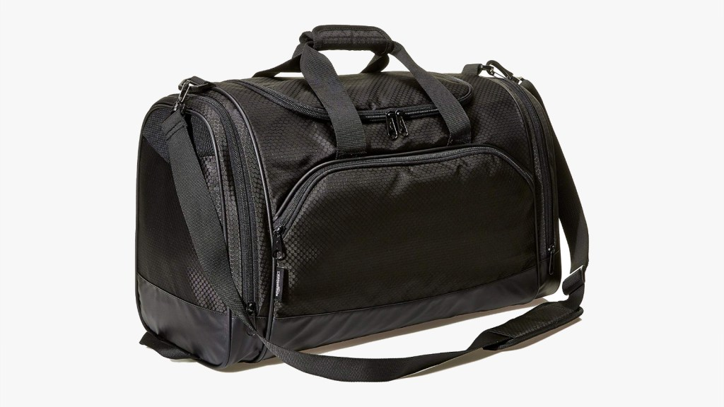 Amazon Basics  Best Men's Gym Bag