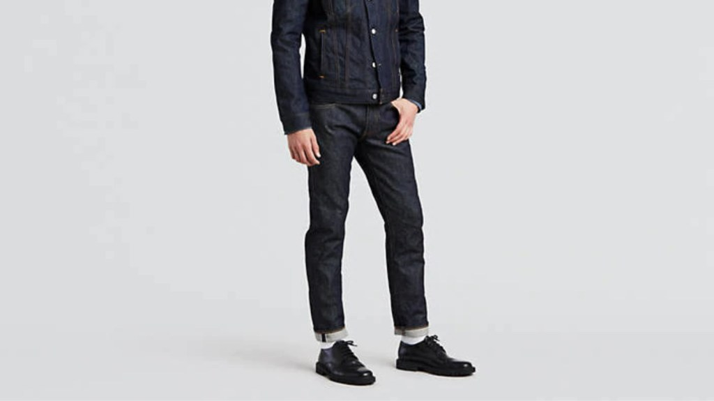 Denim Jeans Men's Wardrobe Essentials: Men's Spring Fashion