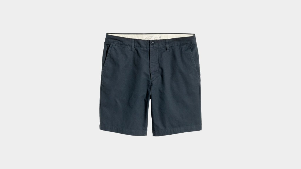 Chino Shorts: Men's Spring Fashion