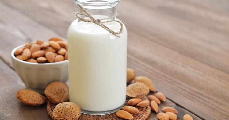 Badem Sütü Faydaları – Evde Nasıl Yapılır?