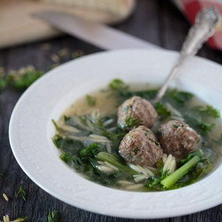 Italian wedding soup feature image