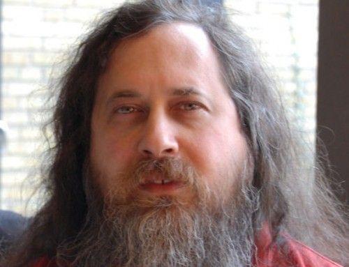 stallman loco 500x383 Stallman: Me alegro de que Jobs nos haya dejado