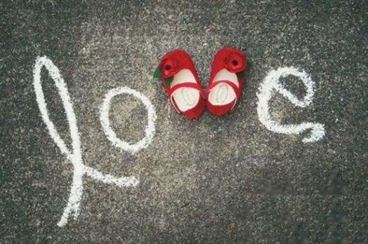 anunciar-embarazo-zapatos