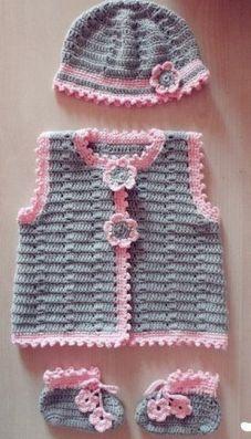 Manualidades de ganchillo para bebés gorrito y chaleco