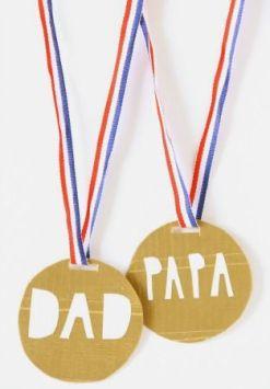 Manualidades originales para el día del padre medalla