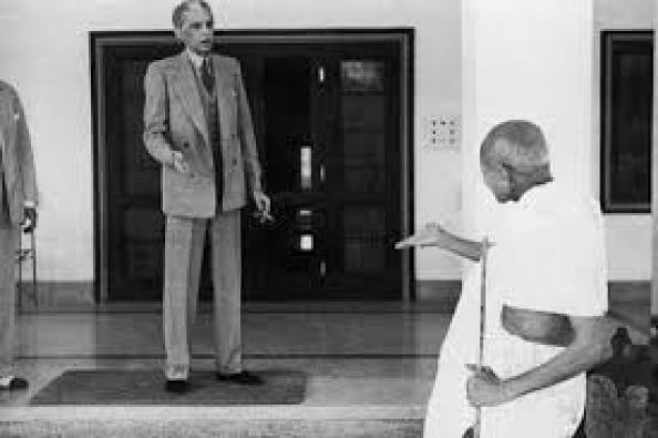 Quad e Azam with Gandhi Photo
