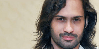 Facebook Stopped Waqar Zaka's Live Streaming