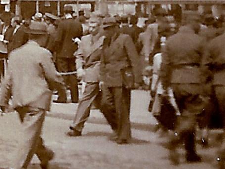 Militari germani la pas prin Bucuresti.