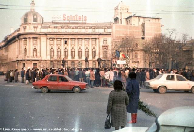 Piata Romana - 24.12.1989 - Foto:  Liviu Georgescu