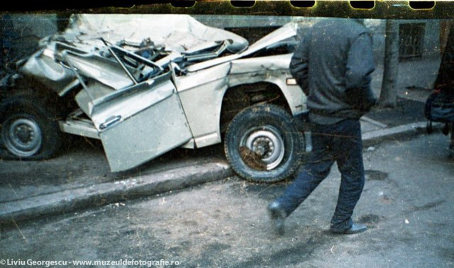 Bucuresti - 24.12.1989 - Foto:  Liviu Georgescu