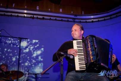 zaklonisce-prepeva-radio-live-5-11-2014-foto-alan-radin (30)
