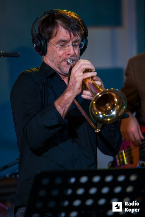 jazzlessness10let-jazz-v-hendrixu-24-11-2016-foto-alan-radin-35