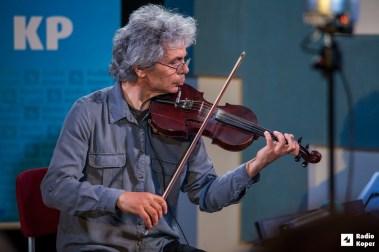 Vlado-batista-stringsi-jazz-v-hendrixu-foto-a-radin (1)